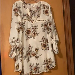 Maurices floral blouse